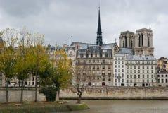 Riverbank de Seine, París Foto de archivo