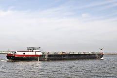 Riverboat op de manier royalty-vrije stock fotografie