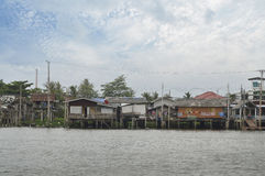 The riverfront house in Bangkok Royalty Free Stock Photography