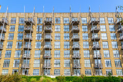 Riverside flats in Canary Wharf Royalty Free Stock Photography
