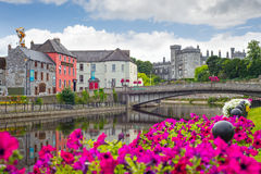 Riverside view of kilkenny castle town and bridge Stock Photo