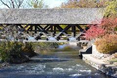 Riverwalk桥梁 库存照片