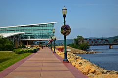Riverwalk - Dubuque, Iowa. The gorgeous and pleasant river walk in Dubuque, Iowa Royalty Free Stock Images