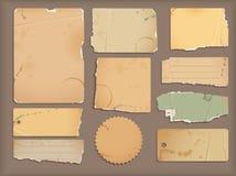 rivet gammalt papper Arkivbilder