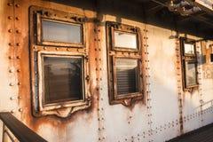 Rivets de hublot de carlingue de bateau Photographie stock libre de droits