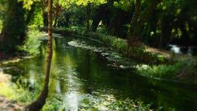 Rivière apaisante en parc national de Krka photographie stock libre de droits