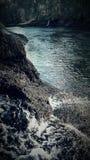 Rivière avec des cascades Photo stock