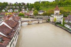 Rivière d'Aare Paysage côtier de Berne Photographie stock