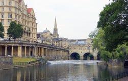 Rivière d'Avon à Bath, Royaume-Uni photographie stock