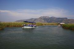 Rivière d'ayı de ‡ de Dalyan Ã, site voyant des visites Turquie Photographie stock libre de droits