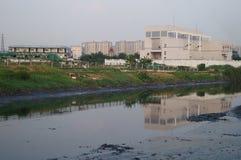 Rivière d'eaux d'égout Photos libres de droits