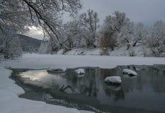 Rivière de fée d'hiver Photo stock