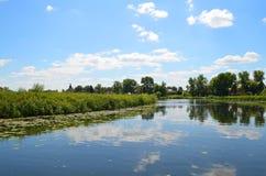 Rivière de Kamenka dans Suzdal photo stock