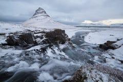 Rivière de Kirkjufell Image libre de droits
