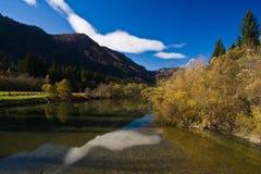 Rivière de montagne Photo stock