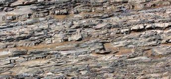 rivière de montagne de Pierre-voie Photographie stock libre de droits