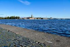 Rivière de Neva à St Petersburg, Russie Photos libres de droits