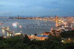 Rivière de paysage et de point de repère et ville Thaïlande de Pattaya Photos libres de droits