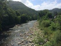 rivière en Italie Photo libre de droits