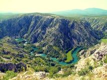 Rivière et canyon Photo stock