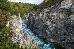 Rivière et canyon en Norvège Photos libres de droits