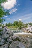 Rivière et cascade Photos stock