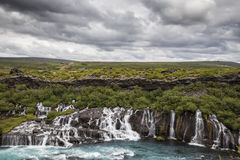 Rivière et cascade Photos libres de droits
