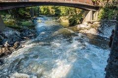 Rivière et pont de Tumwater Images libres de droits