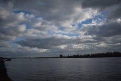 Rivière le Rhin en Allemagne photo libre de droits