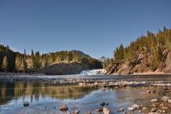 Rivière majestueuse d'arc photos libres de droits