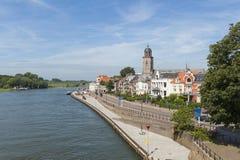 Rivière Pays-Bas de Deventer et d'IJssel photos stock
