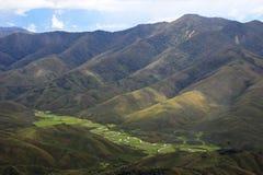 Rivière serpentant en Huaylla Belen Valley, Pérou du nord Photo libre de droits