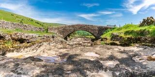 Rivière Skirfare, près de Litton, North Yorkshire, Angleterre, R-U photos stock