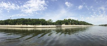 Rivière Sozh dans Gomel Belarus image stock