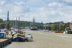 Rivière Turku Finlande d'aura photographie stock