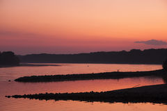 Rivières de coucher du soleil Photographie stock libre de droits