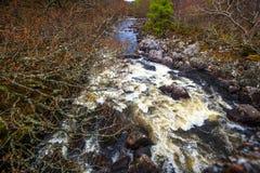 Rivières sauvages de l'Ecosse - activités de sports aquatiques photos stock