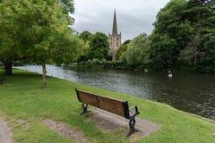 Rivier Avon en Kerk stock afbeeldingen