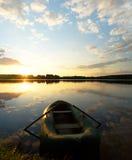 Rivier bij zonsopgang Royalty-vrije Stock Foto's