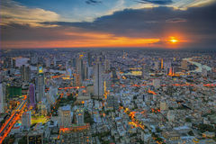 Rivier in de stad van Bangkok Royalty-vrije Stock Fotografie