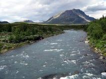 Rivier dichtbij Abisko, Zweden royalty-vrije stock afbeeldingen
