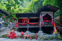 Rivier Drie Kloven Dengying Gap van Hubeiyiling Yangtze in het Longjin-meisje ` die van Riviertujia gehuwde vloer ` schreeuwen royalty-vrije stock foto