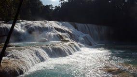 ` Rivier het stromen ` royalty-vrije stock foto's