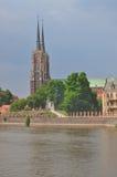 Rivier Oder en kathedraal in Wroclaw/Breslau Stock Fotografie