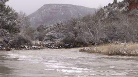 Rivier Overstroming in de Winter stock footage