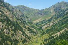 Rivier Rialb in vallei van Andorra Stock Afbeelding