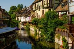 Rivier-straat van Colmar, de Elzas, Frankrijk Royalty-vrije Stock Fotografie