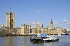 Rivier Theems en Huizen van het Parlement, Londen Royalty-vrije Stock Afbeelding