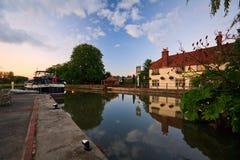 Rivier Theems in Oxford stock afbeeldingen
