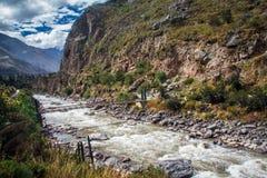 Rivier Vilcanota - de Treinrit aan Machu Picchu Royalty-vrije Stock Foto's
